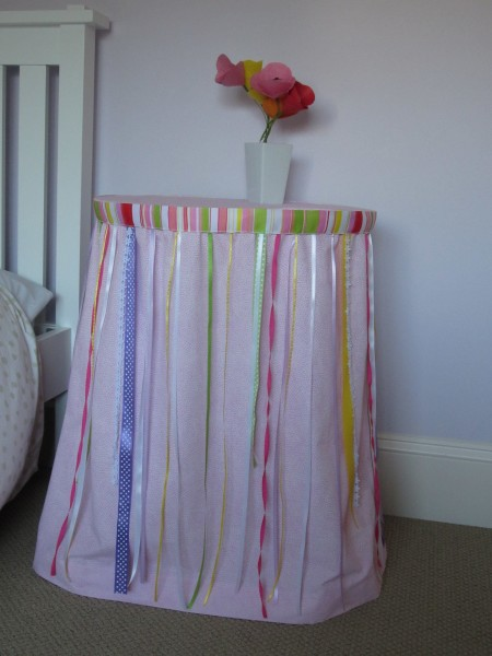 ribbon table skirt girls room